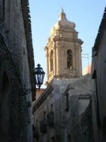 il campanile della Chiesa Parrocchiale di San Giuliano - sec. XII - XVII - 6 luglio 2007  - Erice (959 clic)