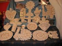 Cous Cous Fest 2007 - Expo Village - itinerario alla scoperta dell'artigianato, del turismo, dell'agroalimentare siciliano e dei Paesi del Mediterraneo - ceramiche di Poggioreale (TP), usate per addobbare gli altari di San Giuseppe - 28 settembre 2007   - San vito lo capo (1476 clic)