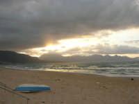 c/da Canalotto - tramonto . . . grigio - 13 aprile 2008   - Alcamo marina (1115 clic)