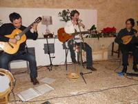 Concerto NAPOLINCANTO - Domenico De Luca (chitarra solista e percussione), Gianni Aversano (voce e chitarra), Ferdinando Piscopo (mandolino) - 10 dicembre 2009    - Alcamo (1622 clic)