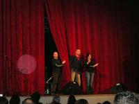 Rassegna musicale giovani autori Omaggio a De André: MARCOSBANDA di Roma - Si chiede il bis di uno dei brani già eseguiti - Teatro Cielo d'Alcamo - 11 febbraio 2006               - Alcamo (1671 clic)