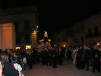Processione del Venerdì Santo - 14 aprile 2006  - Alcamo (1359 clic)