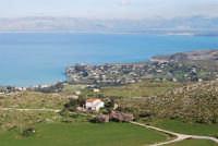Uno sguardo dall'alto sulla Baia di Guidaloca ed il golfo di Castellammare - 21 febbraio 2009  - Castellammare del golfo (1260 clic)