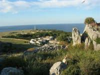 panorama - un gabbiano - il faro - 20 maggio 2007  - San vito lo capo (815 clic)