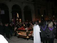 Processione del Venerdì Santo - 14 aprile 2006  - Alcamo (1220 clic)