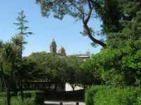 dal Balio il campanile e la cupola della chiesa di San Giuliano - 22 maggio 2009   - Erice (2082 clic)