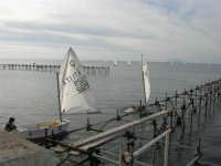 piccoli velisti rientrano dopo una gara - 17 febbraio 2007   - Marsala (1778 clic)