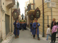 Processione di San Francesco di Paola o di lu Santu Patri - 26 aprile 2009  - Alcamo (2653 clic)