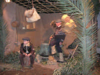 Presepe Vivente presso l'Istituto Comprensivo A. Manzoni, animato da alunni della scuola e da anziani del paese - il casaro - 20 dicembre 2007   - Buseto palizzolo (1369 clic)