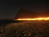 dalla spiaggia le luci del lungomare - 28 settembre 2007   - San vito lo capo (677 clic)