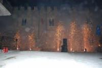 Festeggiamenti Maria SS. dei Miracoli - La Festa del Paradiso - L'Assalto al Castello - Piazza Castello - 20 giugno 2008   - Alcamo (542 clic)