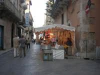 Festeggiamenti Maria SS. dei Miracoli - Viale dei Mercanti Corso VI Aprile - 20 giugno 2008   - Alcamo (755 clic)