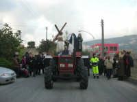 Processione della Via Crucis con gruppi statuari viventi - 5 aprile 2009   - Buseto palizzolo (2328 clic)