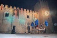 Festeggiamenti Maria SS. dei Miracoli - La Festa del Paradiso - L'Assalto al Castello - Piazza Castello - 20 giugno 2008   - Alcamo (505 clic)