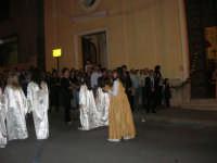 2° Corteo Storico di Santa Rita - Dinanzi la Chiesa S. Antonio - seconda uscita - Angeli messaggeri di un misterioso evento - Rita bambina - 17 maggio 2008   - Castellammare del golfo (626 clic)