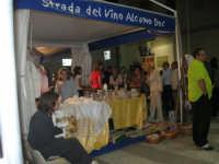 Cous Cous Fest 2007 - Expo Village - itinerario alla scoperta dell'artigianato, del turismo, dell'agroalimentare siciliano e dei Paesi del Mediterraneo - Strada del Vino Alcamo D.O.C. - 28 settembre 2007   - San vito lo capo (830 clic)