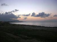 Golfo di Bonagia all'imbrunire - 26 dicembre 2007  - Cornino (1410 clic)