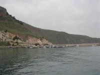 vista sul porto - 17 aprile 2006  - Castellammare del golfo (827 clic)