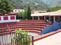 Villaggio Turistico Capo Calavà: l'arena-discoteca - 23 luglio 2006  - Gioiosa marea (3227 clic)