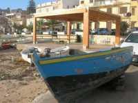 barche e case sul lungomare - 25 ottobre 2009  - Marinella di selinunte (1560 clic)