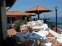 Villaggio Turistico Capo Calavà: il bar - 23 luglio 2006  - Gioiosa marea (2874 clic)