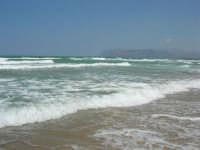 domenica: mare molto agitato - 5 agosto 2007  - Alcamo marina (960 clic)