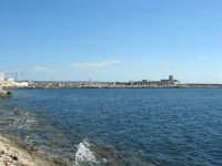 il porto e La Colombaia visti dalla Torre di Ligny - 6 settembre 2007  - Trapani (1081 clic)