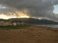 Zona Canalotto - la spiaggia, le case - 8 febbraio 2009  - Alcamo marina (2954 clic)