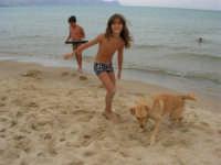 Giorgia e Laki - 28 agosto 2005  - Alcamo marina (3068 clic)