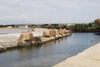 Saline Infersa e canale dell'imbarcadero per l'isola di Mozia - 24 settembre 2007  - Marsala (1047 clic)