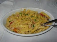 garganelli con funghi tartufati e gamberetti - Ristorante La Perla - 27 gennaio 2008  - Marausa lido (3533 clic)