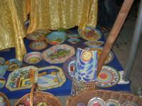 Cous Cous Fest 2007 - Expo Village - itinerario alla scoperta dell'artigianato, del turismo, dell'agroalimentare siciliano e dei Paesi del Mediterraneo - Strada del Vino Alcamo D.O.C.: ceramiche - 28 settembre 2007   - San vito lo capo (807 clic)