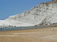 Scala dei Turchi, durante la realizzazione di un videoclip dei Gemelli Diversi - 7 settembre 2007  - Realmonte (1240 clic)