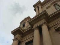 particolare della facciata della Chiesa Madre Maria SS. delle Grazie - 23 marzo 2008   - Terrasini (1155 clic)