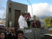 Processione della Via Crucis con gruppi statuari viventi - 5 aprile 2009   - Buseto palizzolo (1651 clic)