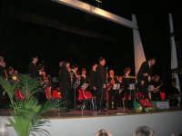 Il Concerto di Capodanno - Complesso Bandistico Città di Alcamo - Direttore: Giuseppe Testa - Teatro Cielo d'Alcamo - 1 gennaio 2009   - Alcamo (4289 clic)