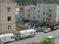 le giostre invadono il quartiere: sta per avere inizio la festa di Santa Rita - 19 maggio 2006   - Castellammare del golfo (3102 clic)