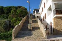 scalinata che dalla spiaggia porta al paese - 6 aprile 2008  - Marinella di selinunte (831 clic)