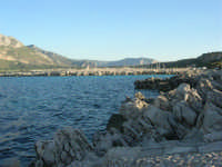 panorama - il litorale sulla strada che porta la faro - 20 maggio 2007  - San vito lo capo (812 clic)