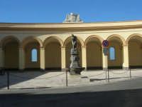 Piazza del Mercato del Pesce e statua di Venere Anadiomene - 6 settembre 2007  - Trapani (1088 clic)