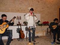 Concerto NAPOLINCANTO - Domenico De Luca (chitarra solista e percussione), Gianni Aversano (voce e chitarra), Ferdinando Piscopo (mandolino) - 10 dicembre 2009  - Alcamo (2169 clic)