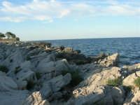 panorama - il litorale sulla strada che porta al faro - 20 maggio 2007  - San vito lo capo (889 clic)