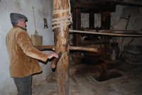 Il Presepe Vivente di Custonaci nella grotta preistorica di Scurati (grotta Mangiapane) (25) - 26 dicembre 2007  - Custonaci (1050 clic)