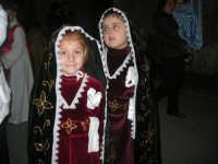 Venerdì Santo: processione del Cristo Morto e dell'Addolorata - via Galileo Galilei - 21 marzo 2008   - Alcamo (958 clic)