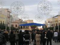 Festa di li Schietti - Piazza Duomo - il palco - la gara dell'alzata dell'albero - 23 marzo 2008    - Terrasini (1660 clic)