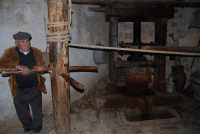 Il Presepe Vivente di Custonaci nella grotta preistorica di Scurati (grotta Mangiapane) (26) - 26 dicembre 2007  - Custonaci (1235 clic)