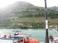 al porto - 3 novembre 2009   - Castellammare del golfo (1686 clic)