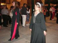 Festeggiamenti Maria SS. dei Miracoli - Il Corteo dei Conti di Modica in Piazza Ciullo - 20 giugno 2008   - Alcamo (539 clic)