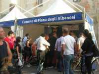 XII Cous Cous Fest - Lo stand dei cannoli di Piana degli Albanesi - 27 settembre 2009  - San vito lo capo (2106 clic)