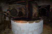 Il Presepe Vivente di Custonaci nella grotta preistorica di Scurati (grotta Mangiapane) (28) - 26 dicembre 2007  - Custonaci (1257 clic)